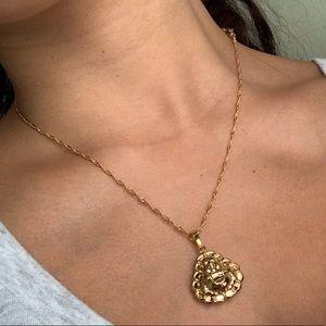 Jewelry - Gold chain Buddha necklace